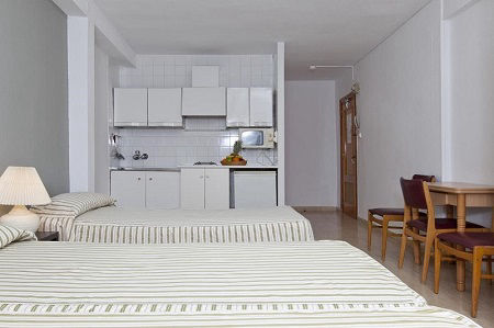 Benidorm Apartments: Book Cheap Self Catering Apartments ...