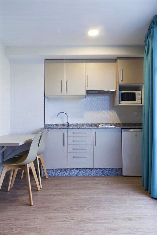 Estudios Benidorm Cheap low cost budget apartments Benidorm old town.