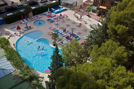 Levante Club Aparthotel for self catering and all inclusive holidays in Benidorm