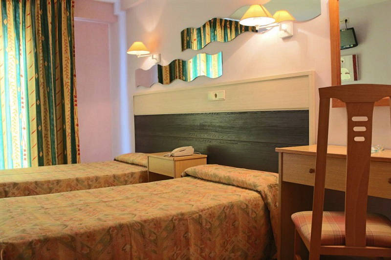 Santa Faz Adult Only Budget Hotel Benidorm Old Town - Twin Room