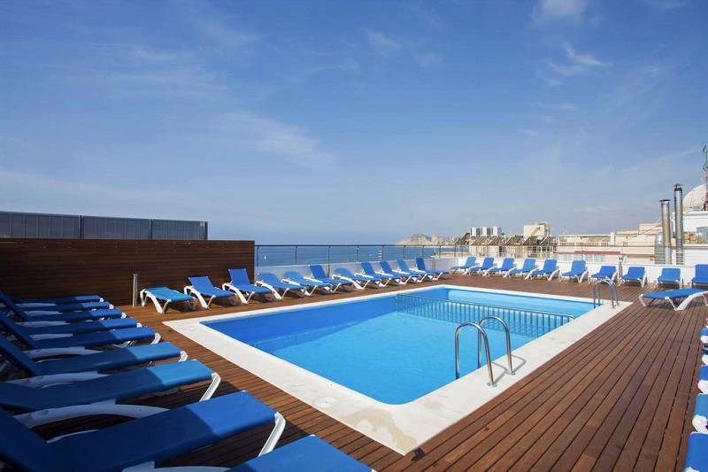 Voramar Hotel Benidorm - roof top pool