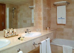 Melia Benidorm Bathroom