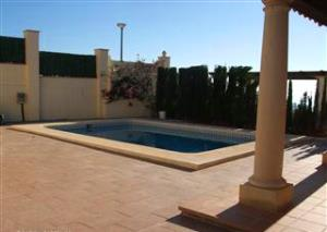 Costa Blanca Holiday lets. Villa with private pool to let.